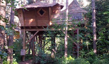 Cabanes de Lalouvesc en Ardèche - Consultant tourisme cabinet Alliances